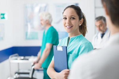 Krankenschwester in Praxis